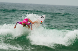 Laura Enever making surfing look easy.