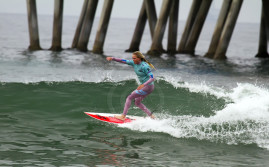 Laura Enever Australian surfer girl.