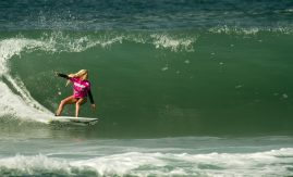 Laura Enever charging a wave at Oceanside.