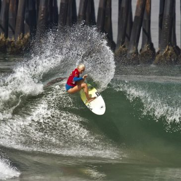 Eight Tips for a Surfer Girl to Get Sponsors